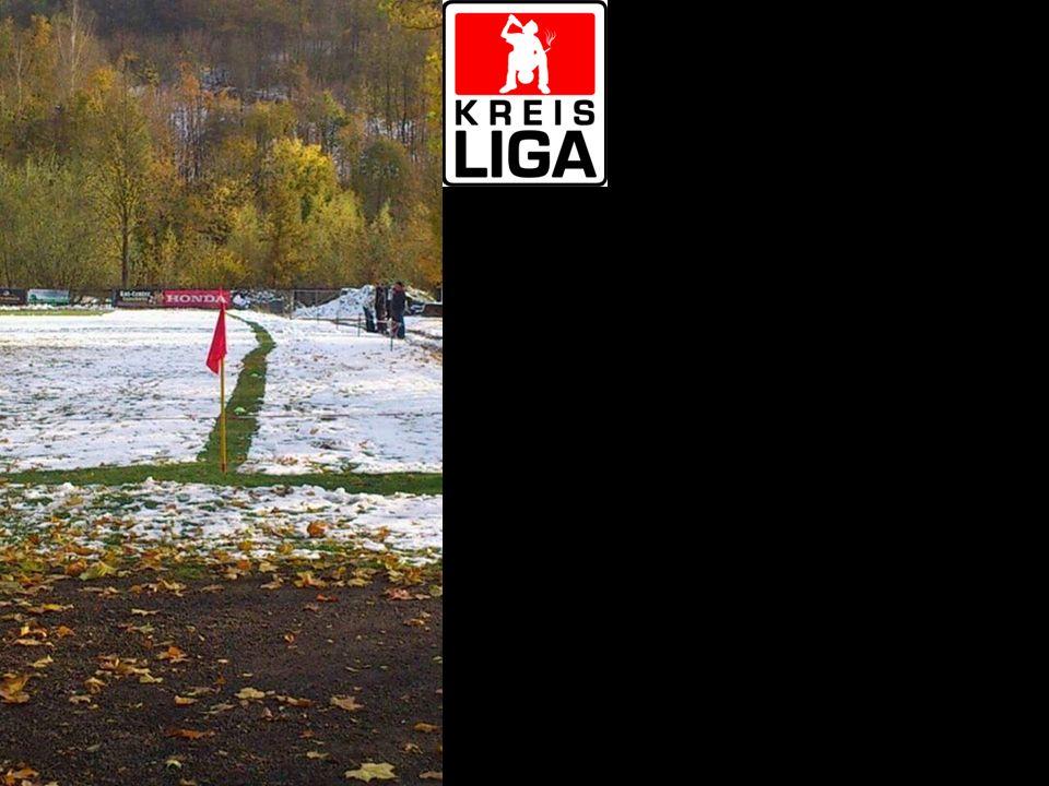 Kreiligafußball ist, wenn ein gutes Heimspiel 12 Stunden dauert und ein Schlechtes auch Kreisligafußball ist, wenn das heutige Training ausfällt oder vorverlegt wird, um das DFB-Halbfinale zu gucken.