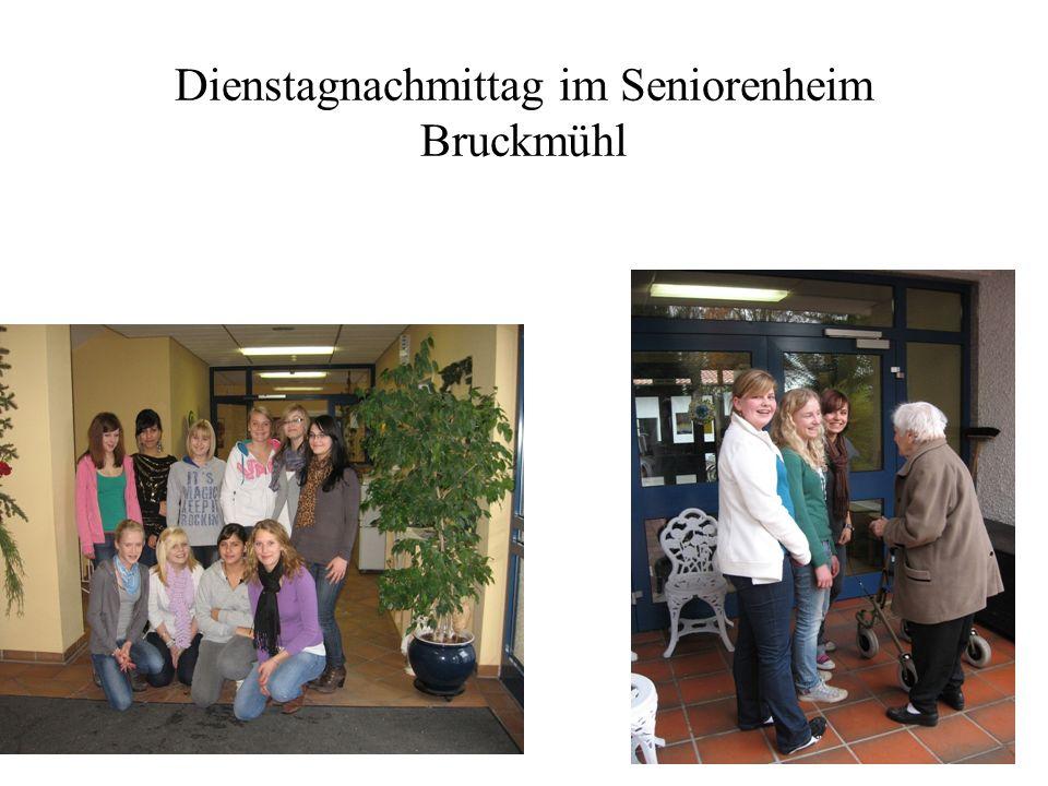 Dienstagnachmittag im Seniorenheim Bruckmühl