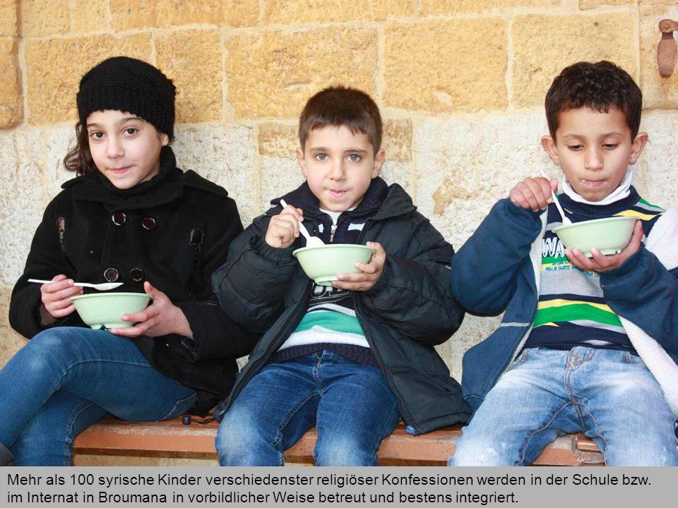 Mehr als 100 syrische Kinder verschiedenster religiöser Konfessionen werden in der Schule bzw. im Internat in Broumana in vorbildlicher Weise betreut
