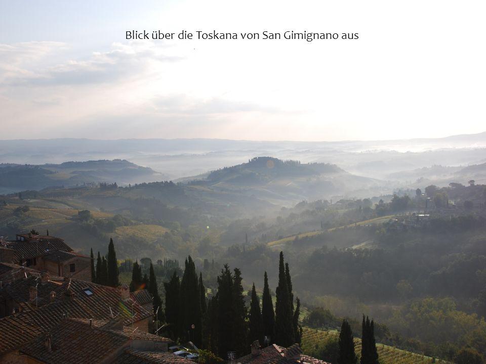 Blick über die Toskana von San Gimignano aus
