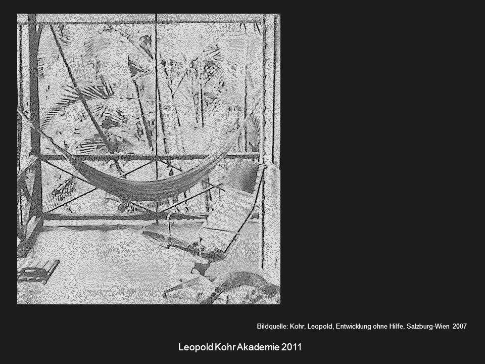 Leopold Kohr Akademie 2011 Leopold Kohrs Ansätze zum Städtebau Das heißt: Ideen zur Organisation von Städten, die Leopold Kohr bereits vor fünfzig Jahren am Beispiel von San Juans auf Puerto Rico entwickelt hat, werden nun, am Beginn des 21 Jhs., von der architektonischen Avantgarde als Lösungsansatz für die immer dringenderen Probleme des Autoverkehrs rezipiert.