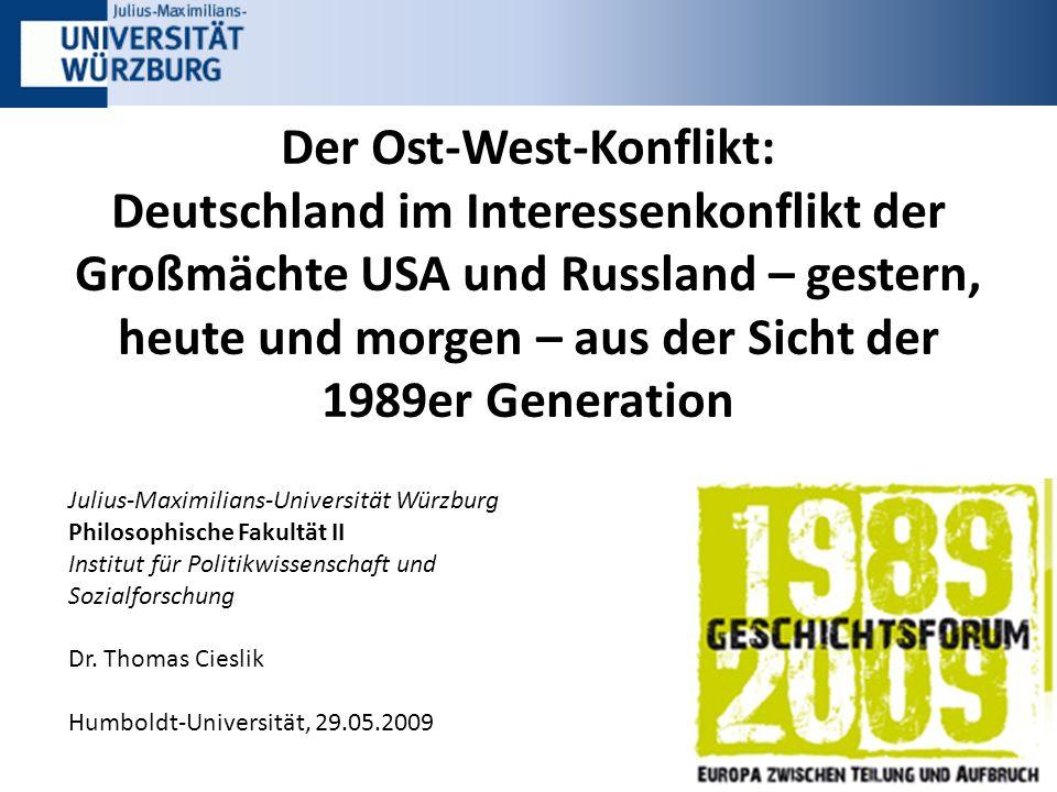 Inhalt 2 1.Fakten: Deutschland im Spannungsverhältnis zwischen Ost und West 2.Studie: Ergebnisse der Befragung Würzburger Studenten 3.Deutschlands Rolle in der Weltpolitik 4.Lösungsvorschläge