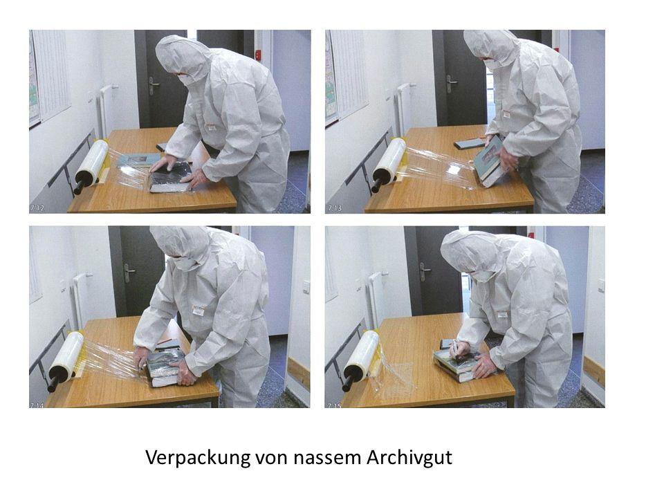 Verpackung von nassem Archivgut