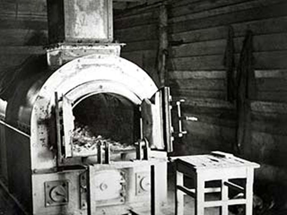 Das Lazarett ( nun 1200 Betten) blieb als ein Zweiglager des Stalag 11 bestehen.