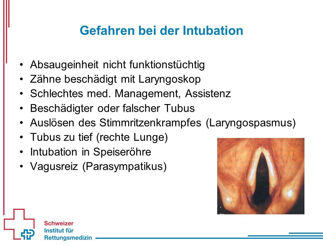 Gefahren bei der Intubation Absaugeinheit nicht funktionstüchtig Zähne beschädigt mit Laryngoskop Schlechtes med.