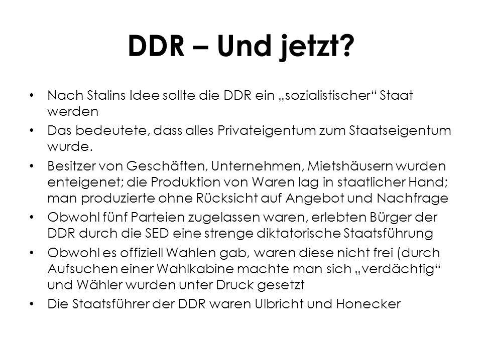 """DDR – Ein Lebensarrangement Während man in den 50-er Jahren im """"Westen vom Wirtschaftswunder sprach, erlebten DDR-Bürger große Einschränkungen Es gab ein fixes, festgelegtes Angebot an Dingen des täglichen Bedarfs, dass man auch für wenig Geld erhielt Frische Waren wie Obst und Gemüse gab es dagegen selten – und wenn musste man tief in die Tasche greifen."""