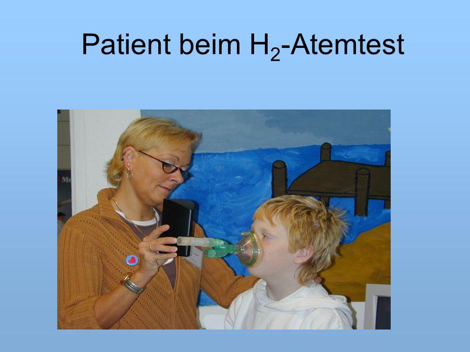 Patient beim H 2 -Atemtest