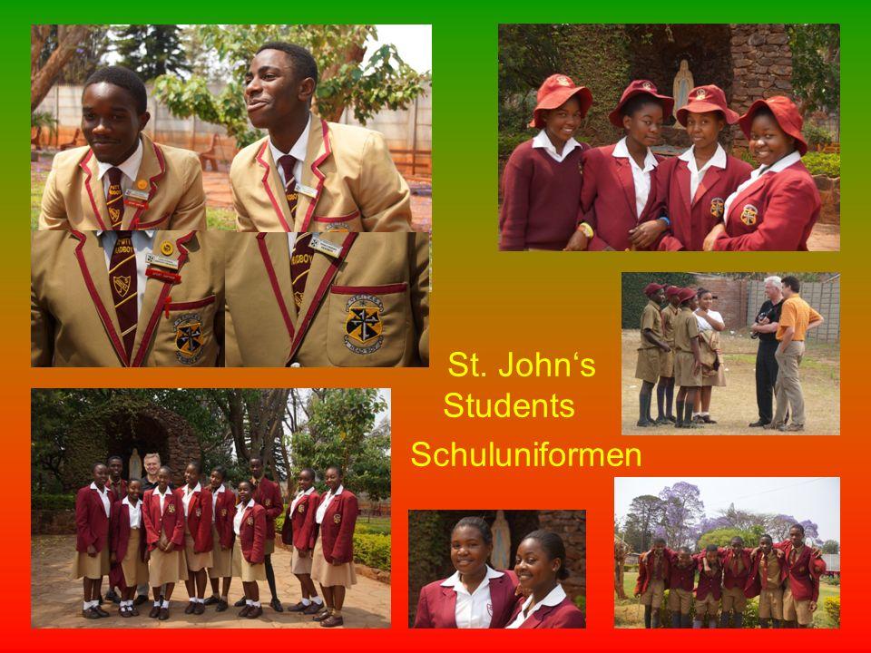 St. John's Students Schuluniformen