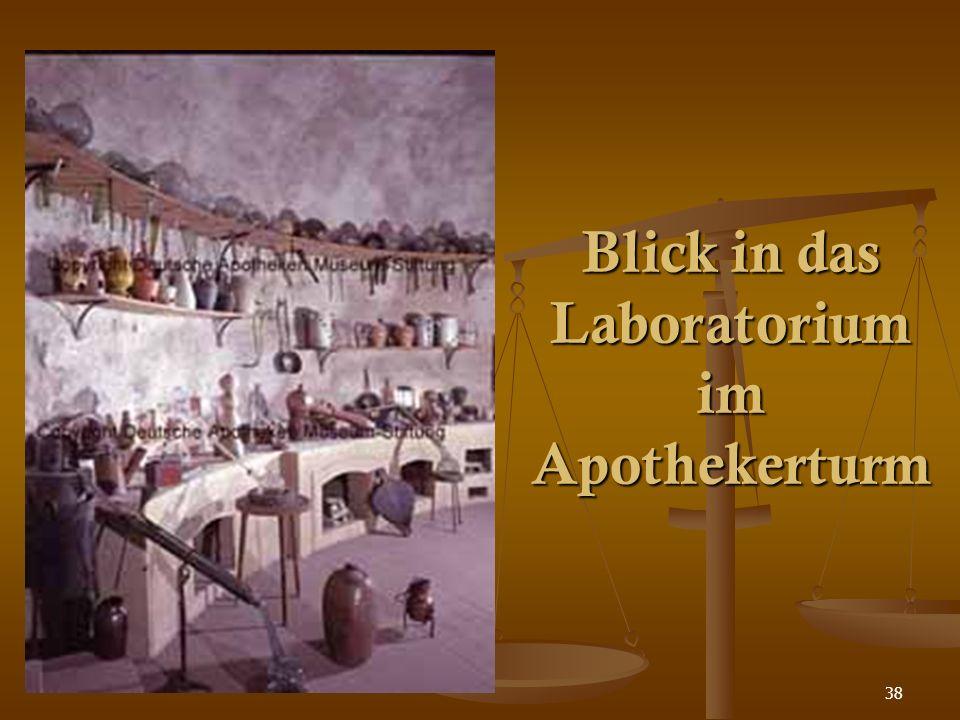 38 Blick in das Laboratorium im Apothekerturm