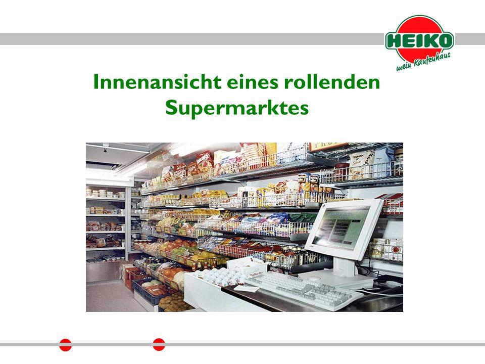 Innenansicht eines rollenden Supermarktes