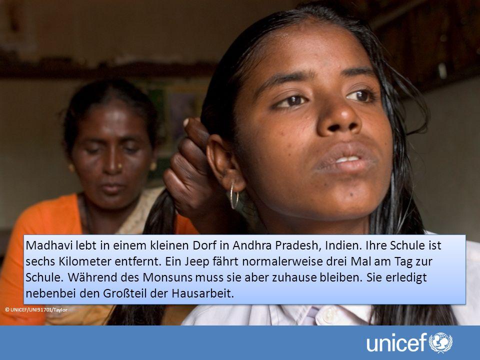 Madhavi lebt in einem kleinen Dorf in Andhra Pradesh, Indien.
