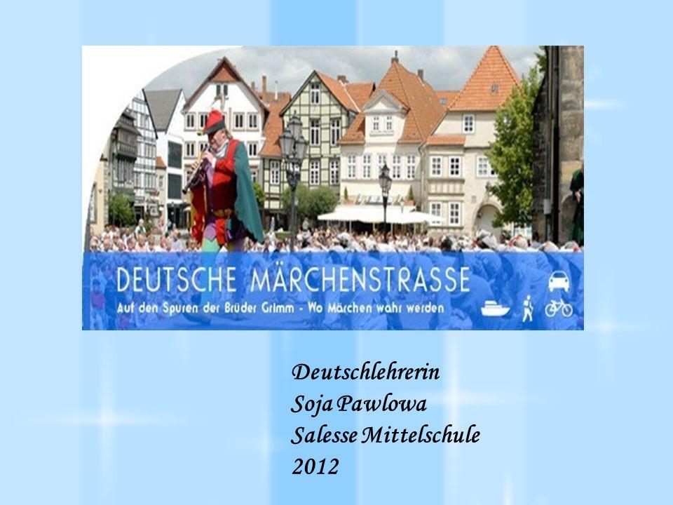 Sababurg – das Dornröschenschloss Das Dornröschenschloss wurde 1334 im nord- hessischen Reinhardswald erbaut.