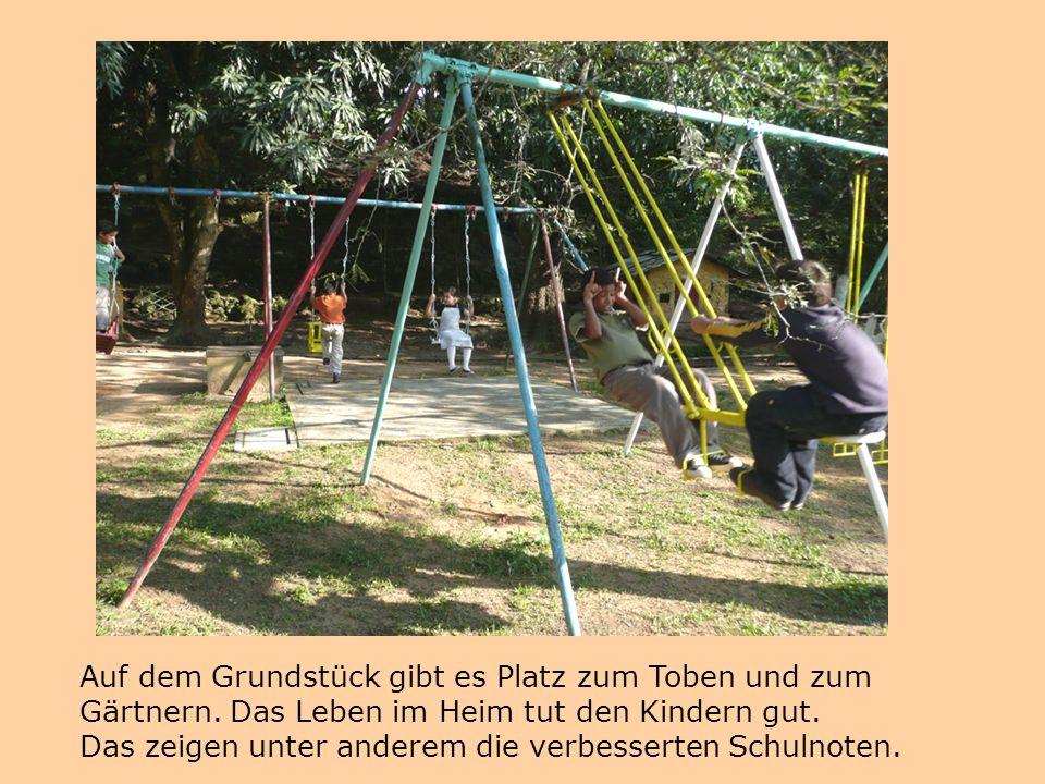 Mit Hilfe des Gustav-Adolf-Werks (Projektkatalog 2008) ist ein Anbau entstanden, der sowohl für den Unterricht als auch für den Gottesdienst benutzt wird.