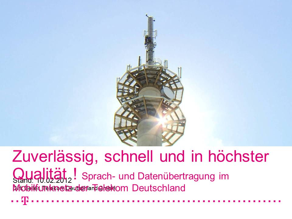 """Mobilfunknetze, Stand: 05.01.20122 Netz der Zukunft für die Gigabit Gesellschaft Optimum aus Festnetz und Mobilfunk realisieren Breitband über Mobilfunk  GSM/EDGE  Modernisierung UMTS  HSPA+ Aufrüstung  LTE Technologie-Mix für eine flächendeckende Breitbandversorgung in Deutschland  LTE auf 800 MHz  3G/UMTS  DSL Breitband über Festnetz  VDSL & DSL  FTTH (Fiber to the Home) Netze für die Gigabit Gesellschaft Breitband über Mobilfunk Breitband über Festnetz Breitbandinitiative Schließen von """"weißen Flecken"""