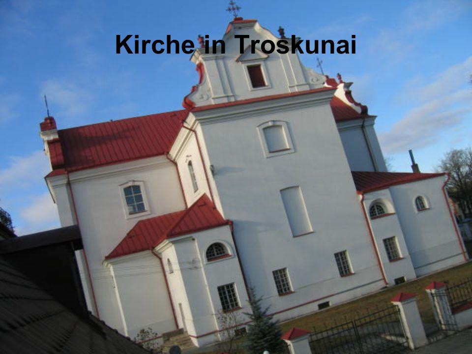 Kirche in Troskunai