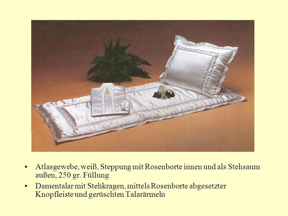 Atlasgewebe, weiß, Steppung mit Rosenborte innen und als Stehsaum außen, 250 gr.
