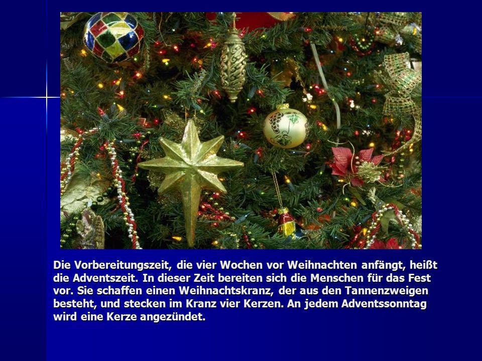 Die verbreitesten Weihnachtsspeisen sind Weihnachtsgebäck und Stollen.
