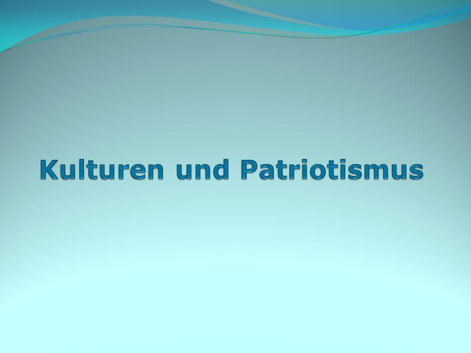 Patriotismus wird heute allgemein von Nationalismus und Chauvinismus unterschieden, insofern Patrioten sich mit dem eigenen Land und Volk identifizieren, ohne dieses über andere zu stellen und andere Völker implizit abzuwerten.