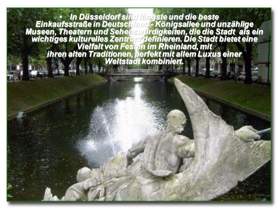In Düsseldorf sind längste und die beste Einkaufsstraße in Deutschland - Königsallee und unzählige Museen, Theatern und Sehenswürdigkeiten, die die Stadt als ein wichtiges kulturelles Zentrum definieren.
