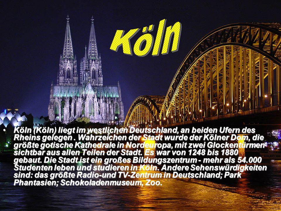 Köln (Köln) liegt im westlichen Deutschland, an beiden Ufern des Rheins gelegen.