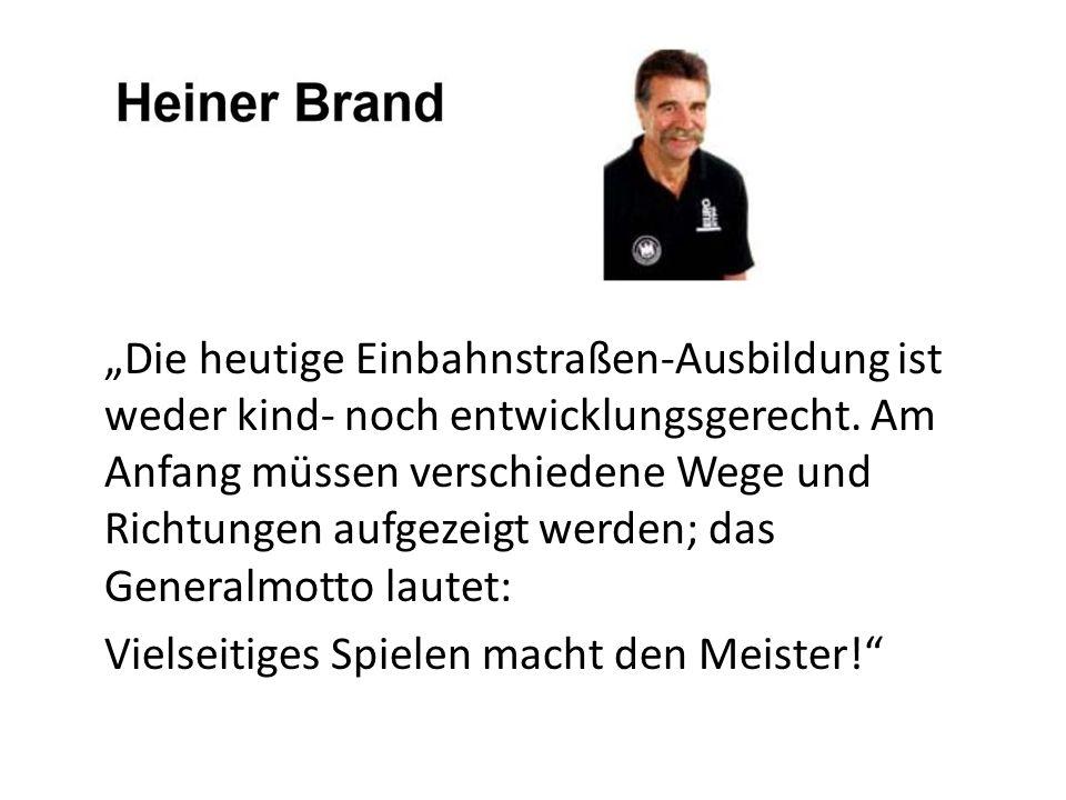 """""""Die heutige Einbahnstraßen-Ausbildung ist weder kind- noch entwicklungsgerecht."""