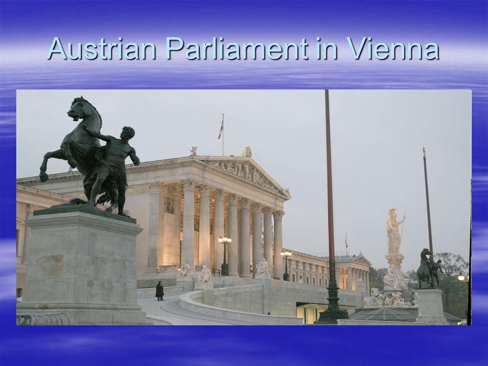 Das Parlament in Wien ist Sitz des Nationalrates und des Bundesrates