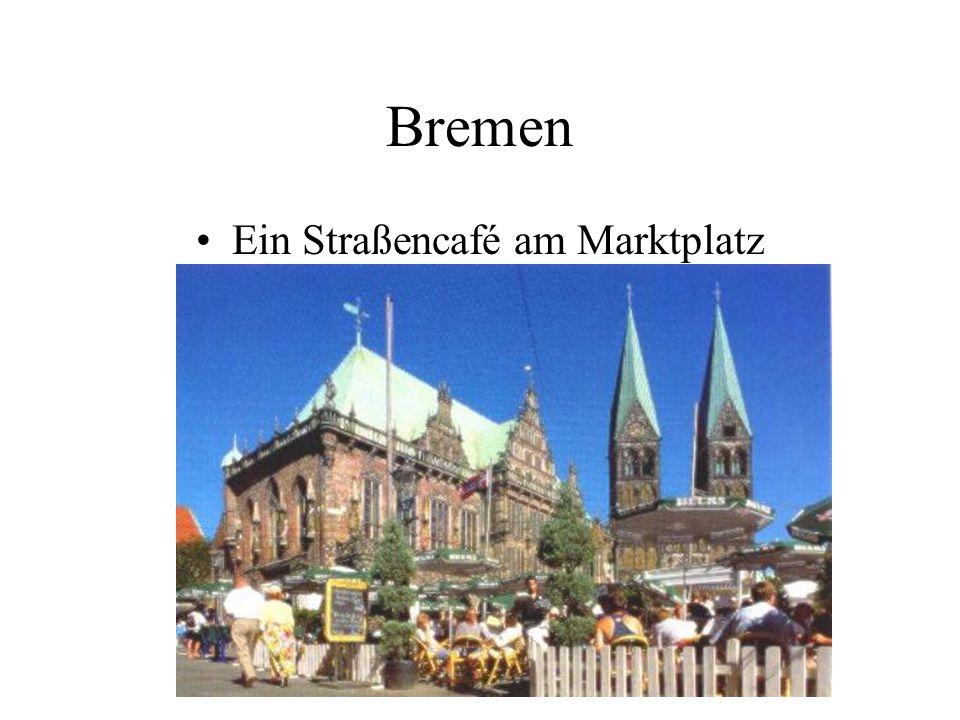 Bremen Ein Straßencafé am Marktplatz