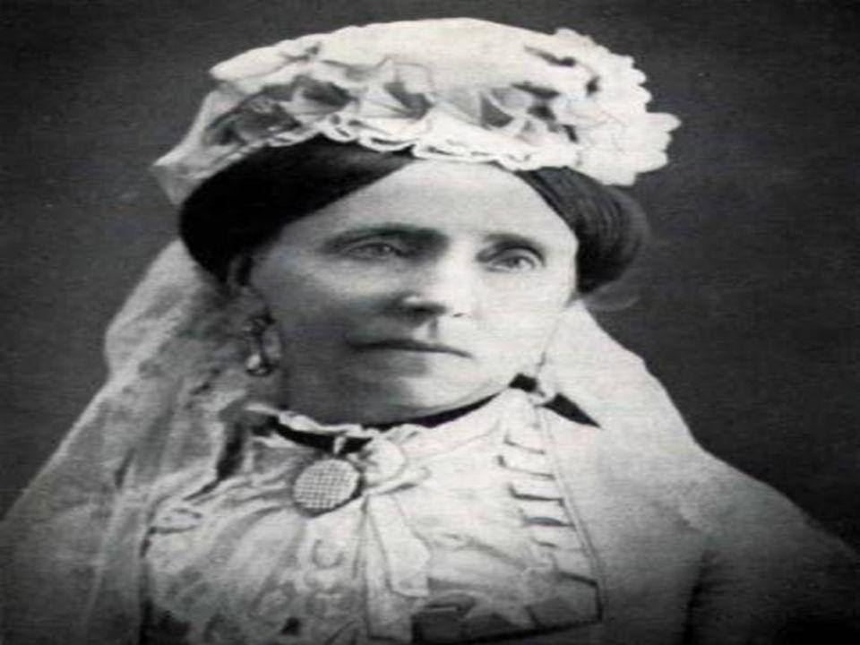 3.)1879 Abschaffung der Kinderarbeit Das Sozialistengesetz tritt in Kraft 4.) 1881 Kaiserliche Botschaft, die besagt, dass die Fürsorge für Alte und Kranke bestehen sollte