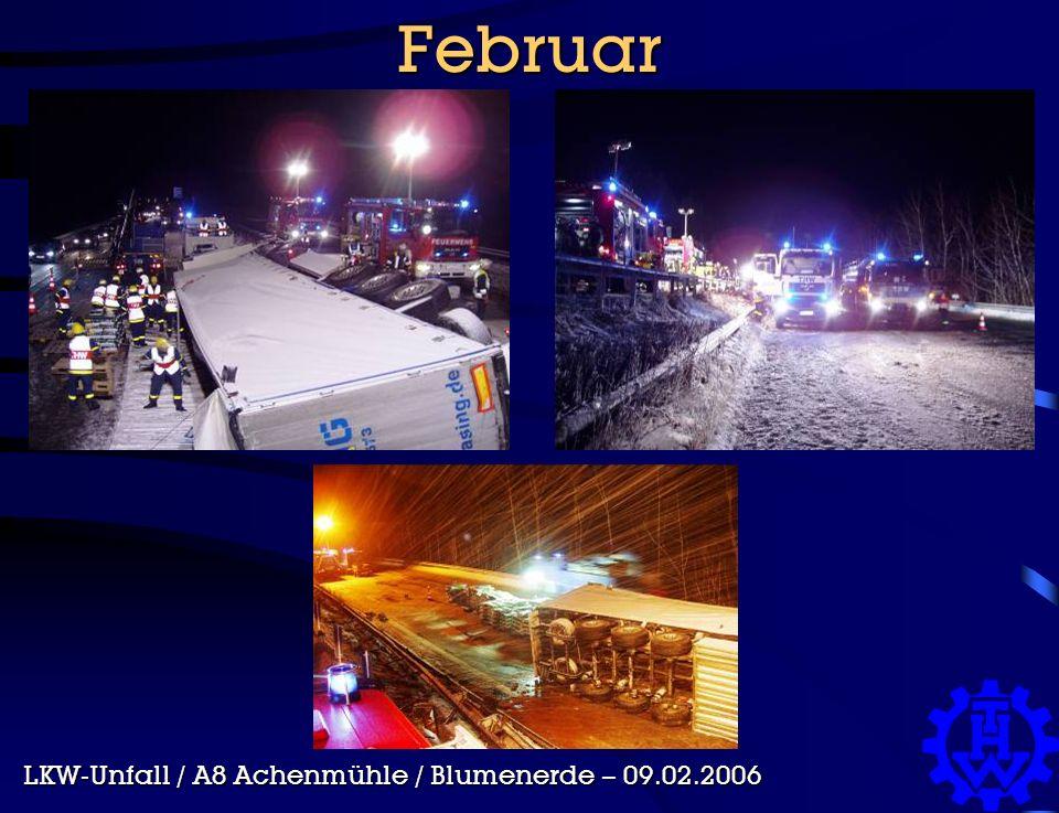Februar LKW-Unfall / A8 Achenmühle / Blumenerde – 09.02.2006