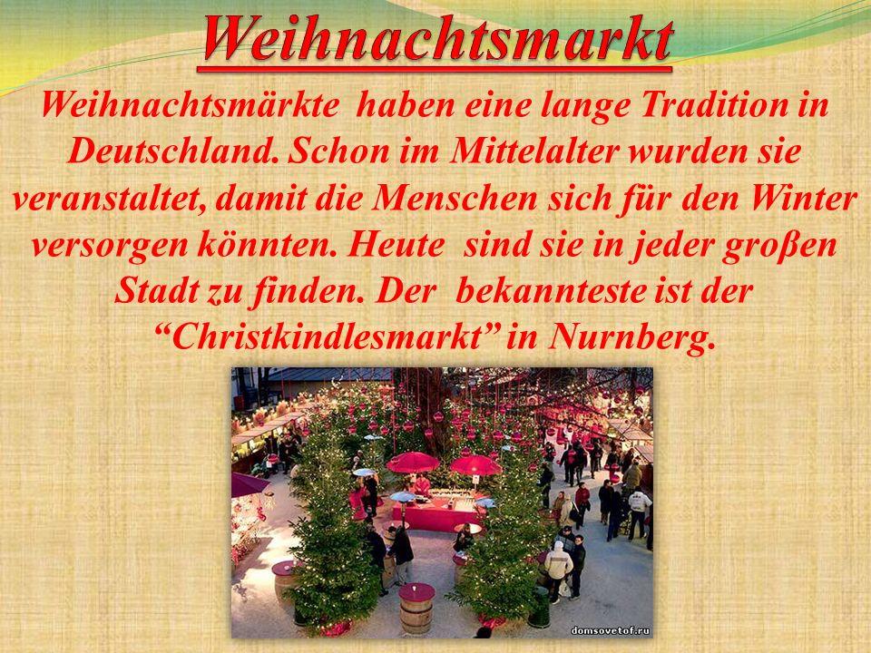 Mit dem Weihnachtsmarkt beginnt die Adventszeit auch.
