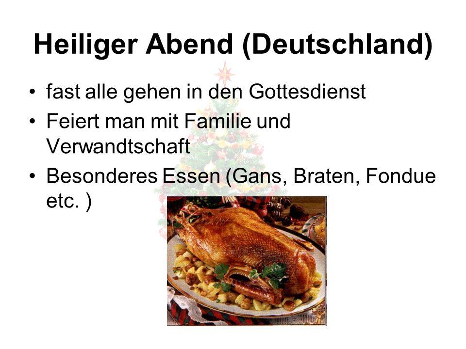 Heilig Abend (Deutschland) Bescherung Kinder werden abgelenkt  Eltern legen die Geschenke unter den Weihnachtsbaum
