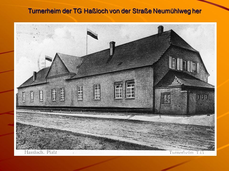 Turnerheim der TG Haßloch von der Straße Neumühlweg her