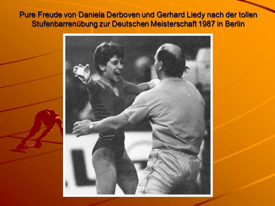 Pure Freude von Daniela Derboven und Gerhard Liedy nach der tollen Stufenbarrenübung zur Deutschen Meisterschaft 1987 in Berlin