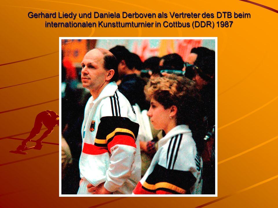 Gerhard Liedy und Daniela Derboven als Vertreter des DTB beim internationalen Kunstturnturnier in Cottbus (DDR) 1987