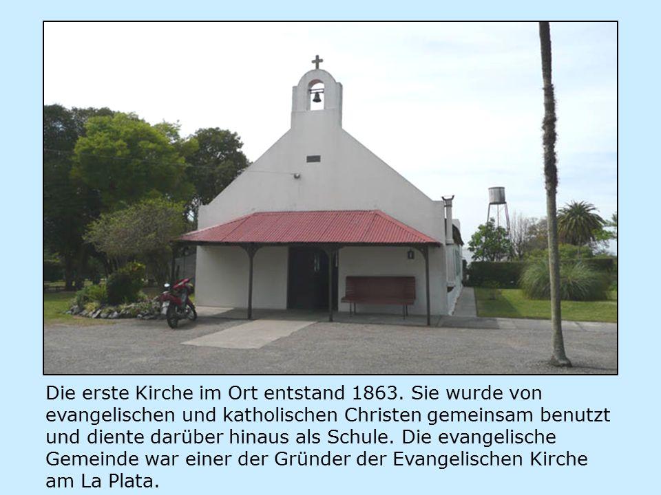 Die erste Kirche im Ort entstand 1863.