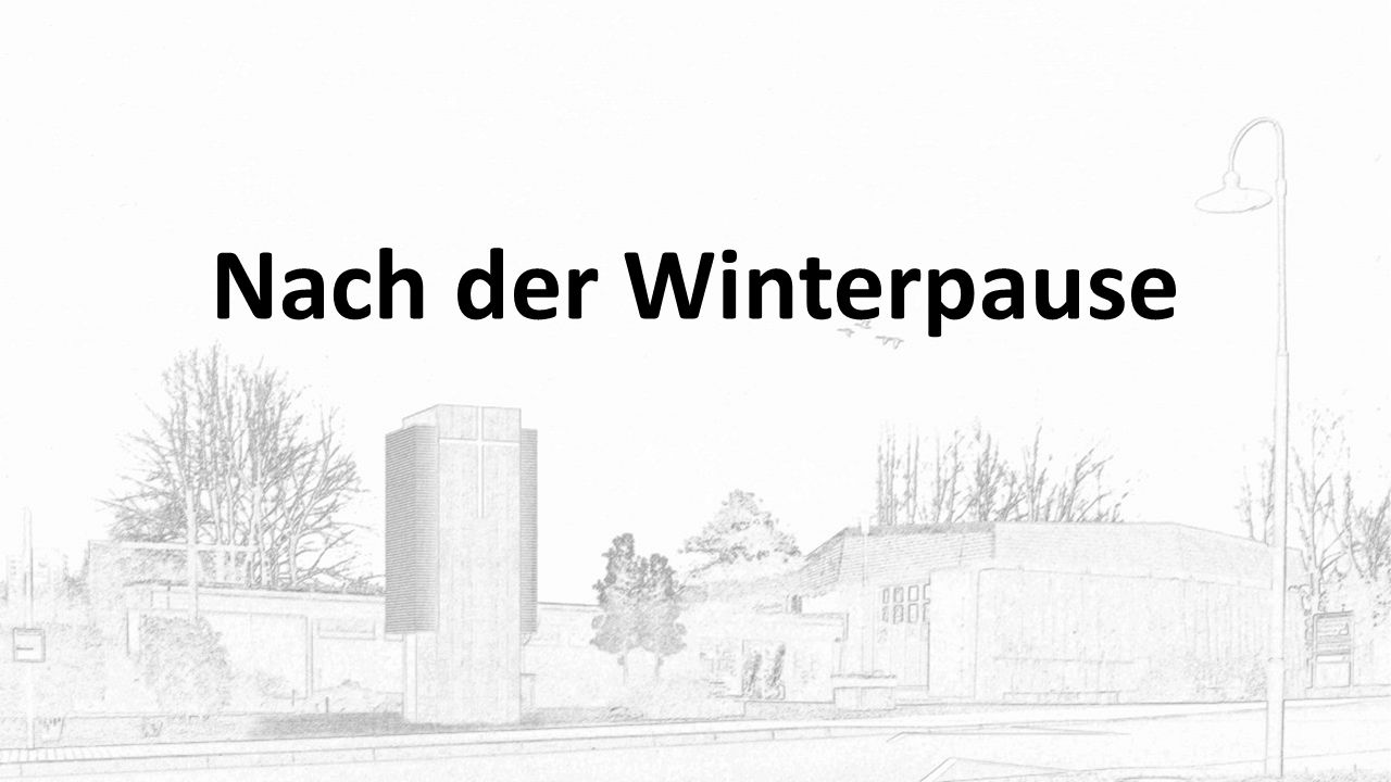 """Kirche für andere Skulpturen zum Thema: """"Auf der Flucht"""