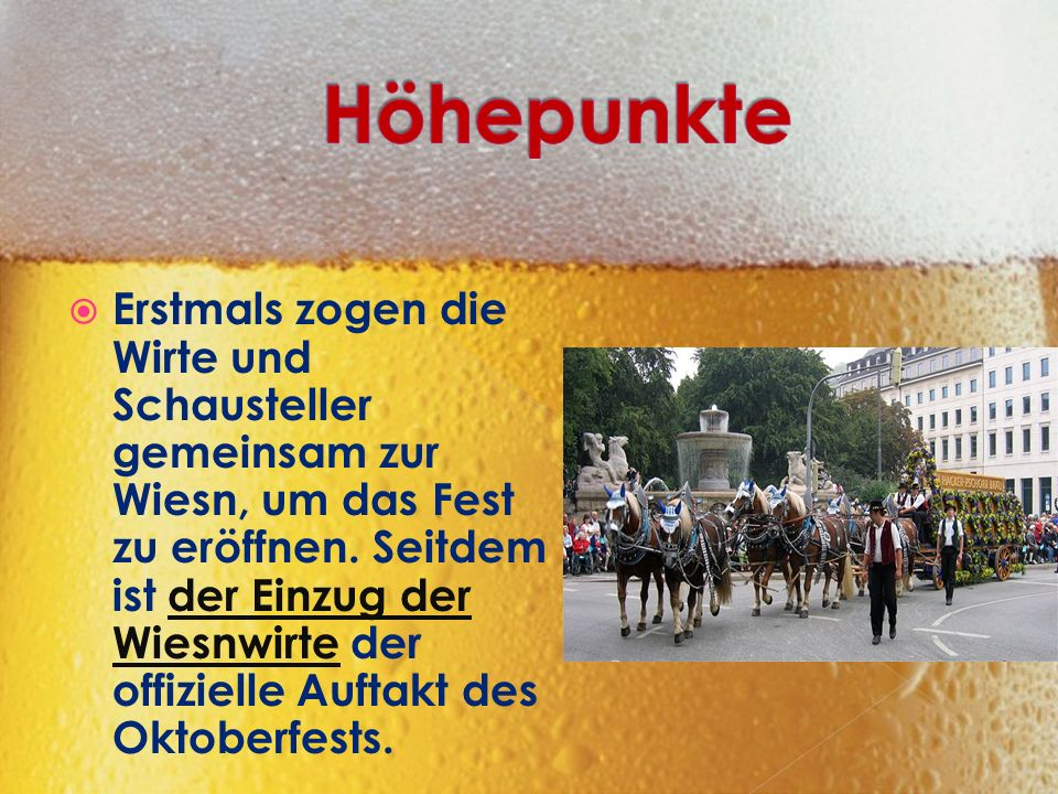  Der Oberbürgermeister sticht um Punkt 12:00 Uhr im Schottenhamel- Festzelt das erste Bierfass an.