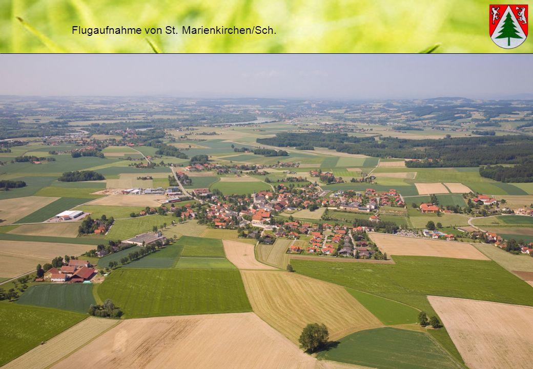 Flugaufnahme von St. Marienkirchen/Sch.