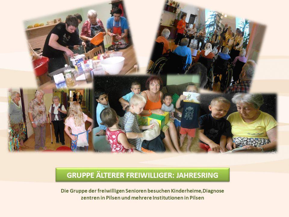 GRUPPE ÄLTERER FREIWILLIGER: JAHRESRING Die Gruppe der freiwilligen Senioren besuchen Kinderheime,Diagnose zentren in Pilsen und mehrere Institutionen in Pilsen