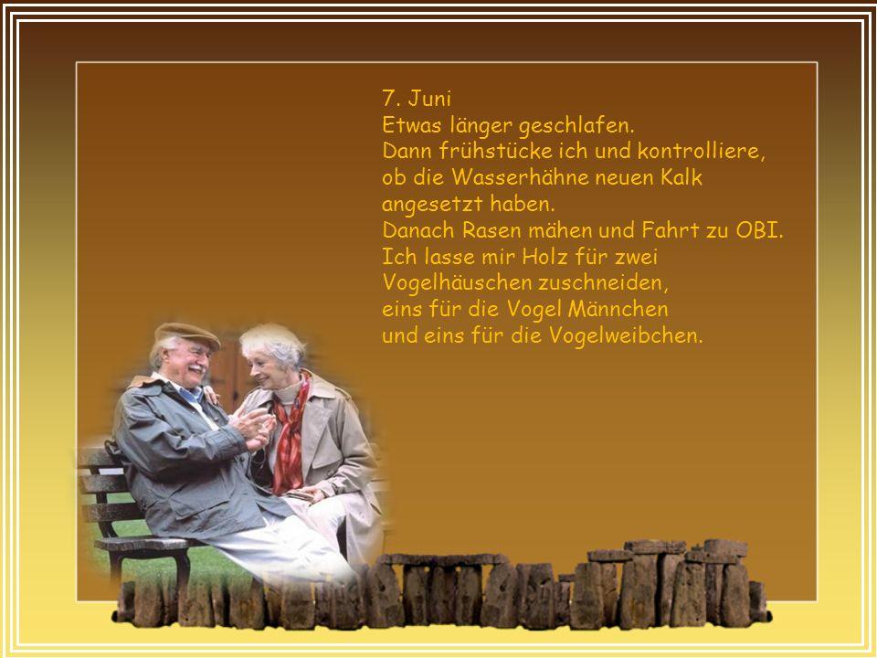 """12.November Beim Rentner-Joga soll ich die Figur machen """"Das Gnu liegt in der Morgensonne ."""