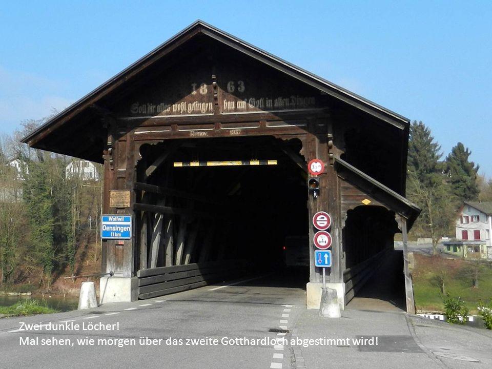 Zwei dunkle Löcher! Mal sehen, wie morgen über das zweite Gotthardloch abgestimmt wird!