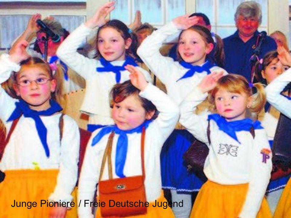 Junge Pioniere / Freie Deutsche Jugend