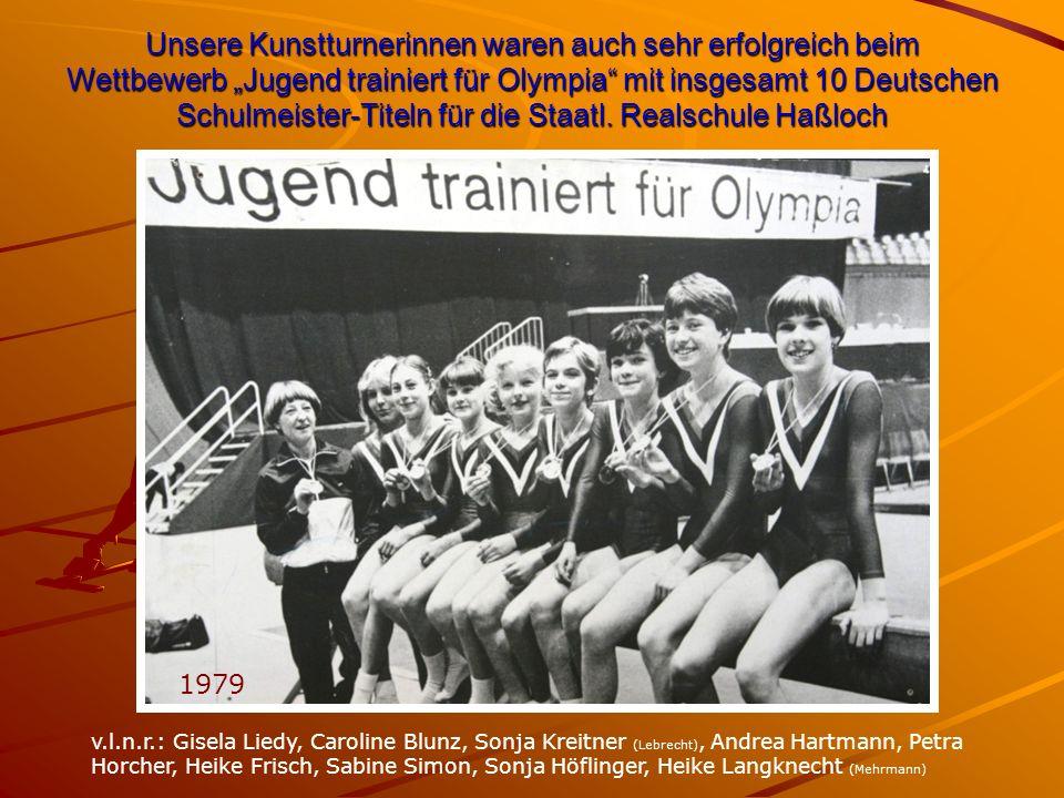 """Unsere Kunstturnerinnen waren auch sehr erfolgreich beim Wettbewerb """"Jugend trainiert für Olympia mit insgesamt 10 Deutschen Schulmeister-Titeln für die Staatl."""