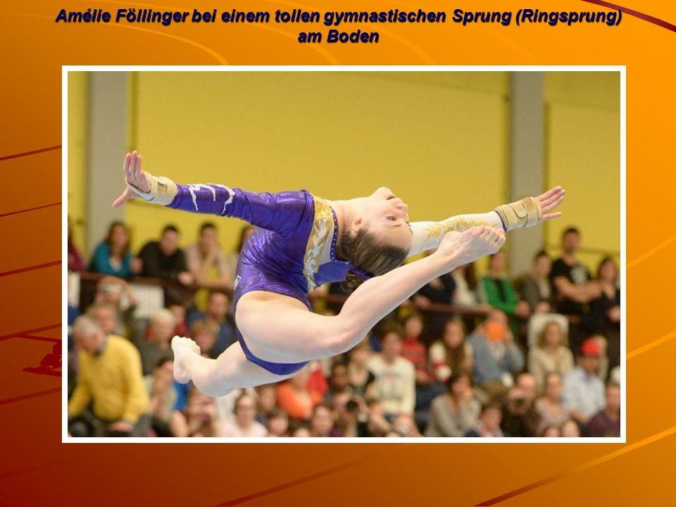 Amélie Föllinger bei einem tollen gymnastischen Sprung (Ringsprung) am Boden