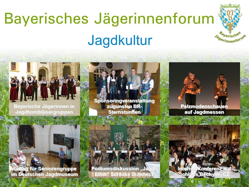 Jagdkultur Bayerische Jägerinnen in Jagdhornbläsergruppen Vortrag für Seniorengruppe im Deutschen Jagdmuseum Internat Konferenz auf Schloss Bechyne, C