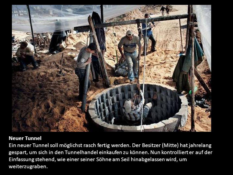 Die Tunnel von Gaza Die Tunnel von Gaza sind Lebensadern und Todesfallen zugleich - und für viele Palästinenser das Symbol ihres Traums, nicht länger eingesperrt zu sein.