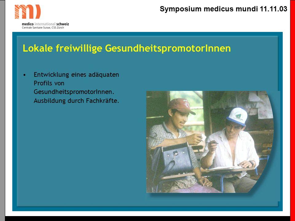 Symposium medicus mundi 11.11.03 Weiterbildung von traditionellen Geburtshelferinnen Dies ist eine zentrale Strategie für die Bekämpfung von Müttersterblichkeit, dies vorallem auch weil das Gesundheitsministerium aktuell und mittelfristig nicht in der Lage ist, betreute Spitalgeburten zu garantieren.