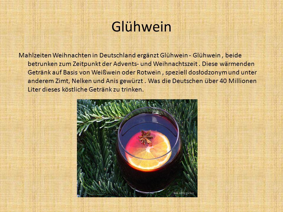 Glühwein Mahlzeiten Weihnachten in Deutschland ergänzt Glühwein - Glühwein, beide betrunken zum Zeitpunkt der Advents- und Weihnachtszeit.
