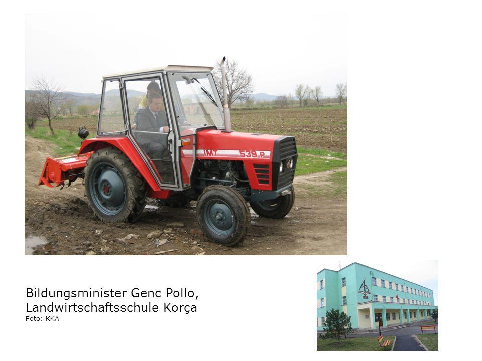 Bildungsminister Genc Pollo, Landwirtschaftsschule Korça Foto: KKA
