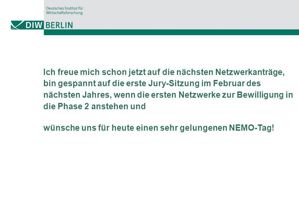 Ich freue mich schon jetzt auf die nächsten Netzwerkanträge, bin gespannt auf die erste Jury-Sitzung im Februar des nächsten Jahres, wenn die ersten Netzwerke zur Bewilligung in die Phase 2 anstehen und wünsche uns für heute einen sehr gelungenen NEMO-Tag!
